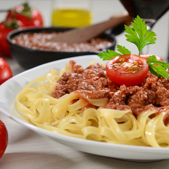 Penne pasta wich bolognese sauce